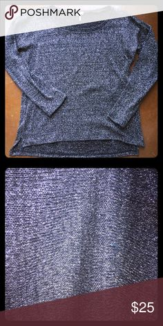 Metallic splendid pullover, chic and casual This subtly sparkly pullover is great with jeans and heels for festivities or everyday Splendid Sweaters Crew & Scoop Necks