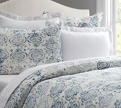 pretty pattern on this bedding from pottery barn.