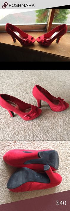 Sam & Eve red bow heels size 8 Sexy red heels with bows open toe size 8'by Sam & eve sam & eve Shoes Heels