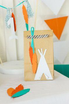 Customiser un simple sac en kraft pour une fête d'indiens #indian #party…