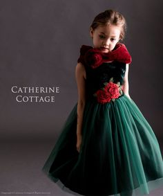 904b64b5759c1 子供ドレスのキャサリンコテージ《本店》ワンピース・スーツ・フォーマル靴   真っ赤な花刺繍ノースリーブドレス  120 130 140 150cm 赤  緑 ネイビー 紺 ベロア   ...