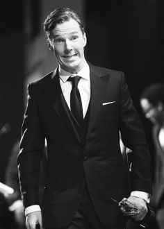 """Benedict Cumberbatch,  won the BAFTA Los Angeles to honor the British Artist of the Year 2013. ( He seems to think : """" Did I really deserve it???"""" YES! You did!)"""