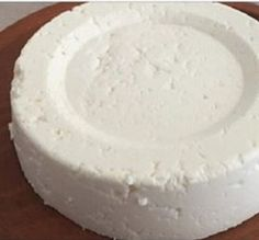 IF YOU HAVE 1 LITER OF MILK, YOGURT AND 1 HALF A LEMON, YOU CAN PREPARE THE BEST CHEESE!