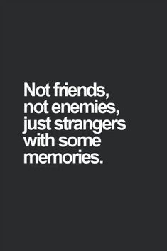 Life Quotes : 40 citations pour se remettre d'une rupture - The Love Quotes Quotes About Moving On From Friends, Quotes About Strangers, Positive Quotes For Friends, Moving Quotes, Positive Quotes For Life Relationships, No Friends Quotes, Goodbye Quotes For Friends, Moving On Quotes Letting Go, Quotes About Boyfriends