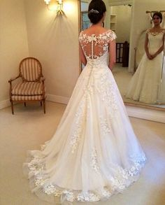 Back of a-line Wedding Dress http://bugelinlik.com/en/wedding-dress/1684