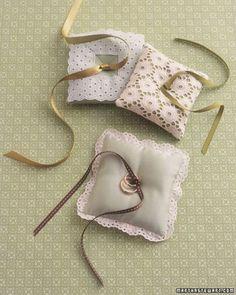 lace ring pilow