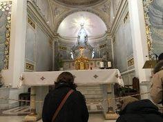 Parigi la Chiesa Dove è Apparsa La Madonna e la Sua Medaglia Magica