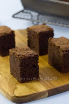 These brownies are one of the popular finger foods in any bring-a-plate gatherings, easy to make on the go. This is a light version, perfect to be served after a meal even with a full stomach, goes perfectly with whipped cream or ice-cream.