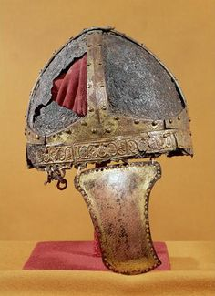 Spangenhelm, circa 500 CE, from Northern Italy. Medieval Helmets, Medieval Weapons, Medieval Art, Knights Helmet, Soldier Helmet, Roman Helmet, Carolingian, Early Middle Ages, Arm Armor
