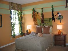 Safari Themed Girls Room   ... too compare the two children s rooms both of which are safari rooms