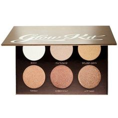 What it is: A set of six metallic powder highlighters for intense luminosity. What it does: Use these six powders together or separately to highlight and accent your cheekbones, Cupid's bow, bridge of