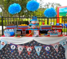 Train DIY Printable Party Circles. $5.00, via Etsy. - cutest Thomas table set-up...