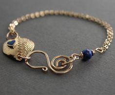 Gold tone heart bracelet, vintage patterned heart connector with indigo blue lapis lazuli stone - Vintage bracelet - Heart bracelet on Etsy, $29.00
