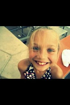 maddie ziegler is too adorable