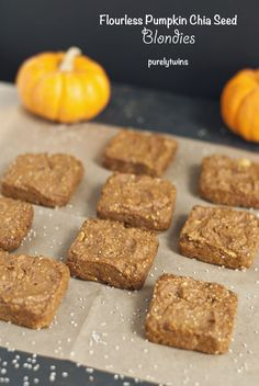 Flourless Pumpkin Chia Seed Blondies 31 Healthy And Delicious Ways To Cook With Chia Seeds Gluten Free Baking, Gluten Free Desserts, Healthy Desserts, Healthy Recipes, Chia Recipe, Healthy Treats, Healthy Muffins, Eat Healthy, Paleo Dessert