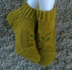 Crochet Socks, Knitted Slippers, Knitting Socks, Knit Crochet, Knit Socks, Knitting Charts, Knitting Patterns Free, Crochet Patterns, Owl Socks