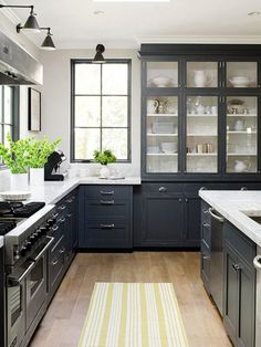 inspiration-to-paint-the-black-hutch