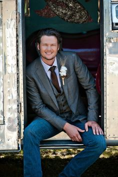 Perfect groom attire for a rustic or casual wedding.