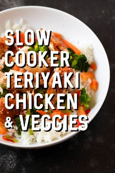 Teriyaki Chicken and Stir Fry Veggies Need a new go-to dinner recipe? This Slow Cooker Chicken Teriyaki is SO simple - it takes just a few minutes to throw into the crock pot and it always tastes amazing! - Slow Cooker Teriyaki Chicken and Stir Fry Teriyaki Stir Fry, Crock Pot Slow Cooker, Slow Cooker Recipes, Crockpot Recipes, Cooking Recipes, Slow Cooking, Crock Pot Teriyaki Chicken, Freezer Recipes, Recipes