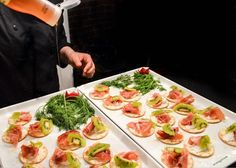 Goat Cheese Crustini with Prosciutto and Kiwi, finished with a white balsamic glaze!  #appetizers #bitesize #partyfoods