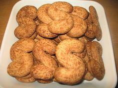 Helkan Keittiössä: Gluteenittomat Kaneliässät Gluten Free, Cookies, Desserts, Food, Glutenfree, Crack Crackers, Tailgate Desserts, Deserts, Biscuits