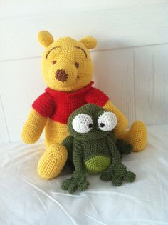 Winnie the pooh and frog