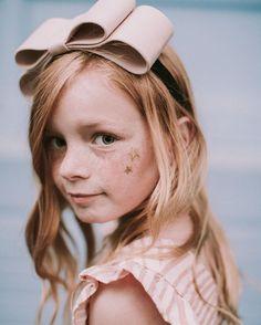 """いいね!1,329件、コメント94件 ― Merrilee Liddiardさん(@mer_mag)のInstagramアカウント: 「""""summer nostalgia"""" by @wrenandjames + @mer_mag coming soon! Matching girl and doll pinafore…」"""