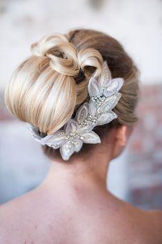 bridal hair accessories,bridal hair adornmentsupdo