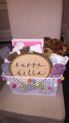 Big Little crafts: Big Little Week, Big Little Reveal, Little Sister Gifts, Big Little Gifts, Sorority Canvas, Sorority Paddles, Sorority Recruitment, Kappa Delta, Alpha Phi Omega