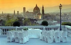 Villa La Vedetta Italian Wedding Venue - gourgious sight event As You Desire weddingplanner & event planner