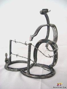 horseshoe-sculpture-20