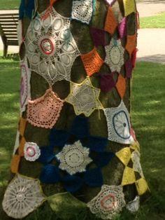 textile floral art on trees in Kew Gardens Chocolate Pumpkin Pie, Pantry Makeover, Kew Gardens, Melting Chocolate, Textile Design, Spring Time, Florals, Trees, Textiles