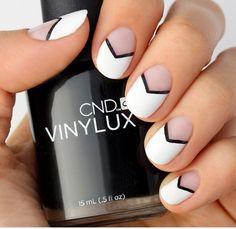 Black And White Chevron Nail Tutorial - Trés Chic! #Beauty #Trusper #Tip