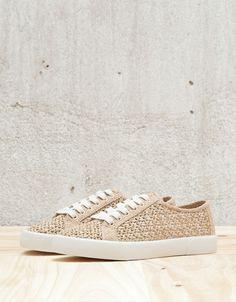 dedc3d8f8 Shoes - WOMAN - WOMAN - Bershka United Kingdom Outras Roupas, Tecidos,  Sapatos,