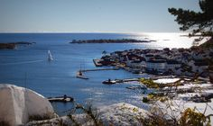 Risør - Den hvite by ved Skagerrak Beautiful Norway, White City, Small Towns, Summer Time, Den, Places, Travel, Norway, Viajes