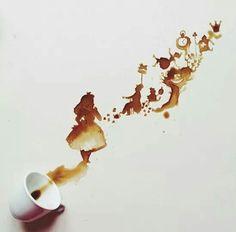 Alice no país das maravilhas com café