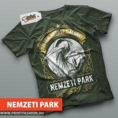 NEMZETI PARK - Egyedi mintás póló, a természet kedvelőinek! Egyedi feliratozással is kérheted, a szöveg egyedire módosítható! WEBSHOP: http://printfashion.hu/mintak/reszletek/nemzeti-park/ferfi-polo/