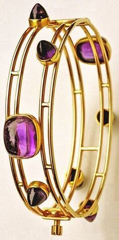 Gold and amethyst Modernist bracelet, by Bent Knudsen, circa 1956. #Knudsen #Modernist #bracelet