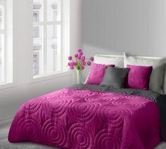 Ružovo-stalový prehoz Alisa je dostupný v troch rozmeroch: 170x210, 220x240 alebo 230x260 cm.