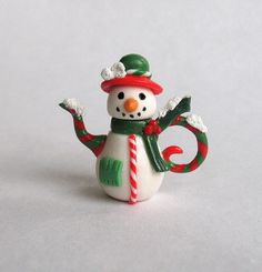 :: Crafty :: Clay ::☃ Christmas ☃:: miniature Christmas snowman teapot by artist C. Rohal