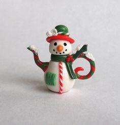 :: Crafty :: Clay ::☃ Christmas ☃:: miniature Christmas snowman teapot by artist C. Rohal