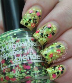 Digital Nails Hipster in a Blender