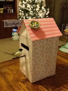 Valentine box birdhouse