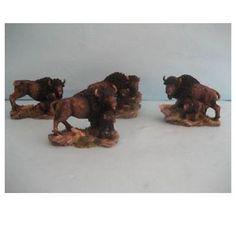 4 Bisons en résine ref 92