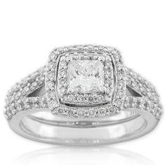 Ecoura Diamond Bridal Set in 14K white gold #Engagement #Ring #Halo #Wedding