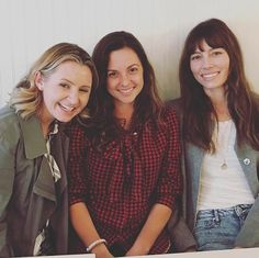 It's been ten years since Heaven ended, but it looks like the show's actresses are still about as close as sisters. Jessica Biel, Beverley Mitchell, and Mackenzie Rosman got together Wednesday. Jessica Biel, Mackenzie Rosman, Beautiful Long Hair, Beautiful Women, Dead Gorgeous, Beverley Mitchell, Stephen Collins, 7th Heaven, Gilmore Girls