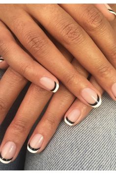 This Trend Is Blowing Up In L. & We're Obsessed With The Low Maintenance look - Los Angeles Nail Trend Reverse French Tips Manicure You are in the right place about orange Nail He - Reverse French Manicure, French Tip Nails, Black French Nails, French Manicures, Black French Manicure, Ombre French, Minimalist Nails, Black Nail Art, Black Nails