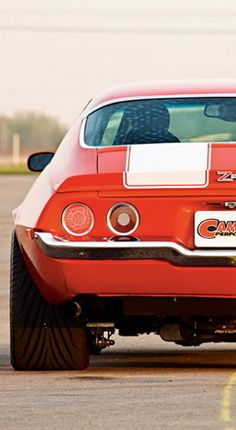 This 1970 Chevrolet Camaro Z28 with White Stripes has the most badass tyres! Hit the link to see the whole image!!! http://www.ebay.com/itm/SD8354-1970-Chevrolet-Camaro-Z28-Stripes-Muscle-Car-24x18-Print-POSTER-/321010437042?pt=Art_Postershash=item4abdb68bb2?roken2=ta.p3hwzkq71.bdream-cars #MuscleCarMonday #Camaro