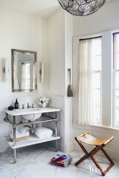 Interiors | Pacific Heights Apartment