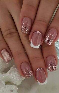 nail art designs with glitter & nail art designs ; nail art designs for spring ; nail art designs for winter ; nail art designs with glitter ; nail art designs with rhinestones Shiny Nails, Bright Nails, My Nails, Neutral Gel Nails, Shellac Nail Colors, Nails Polish, How To Do Nails, Nail Design Glitter, Glitter Nail Art